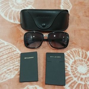 BVLGARI SUN GLASSES brand new with out tags